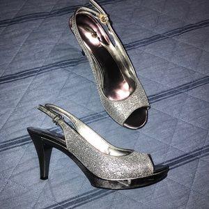 "Gorgeous Silver/Black 3"" Heels. 💞Worn Once!"